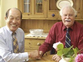 Nagase Takashi and Eric Lomax in Kurashiki City (Photo: Daily Express)